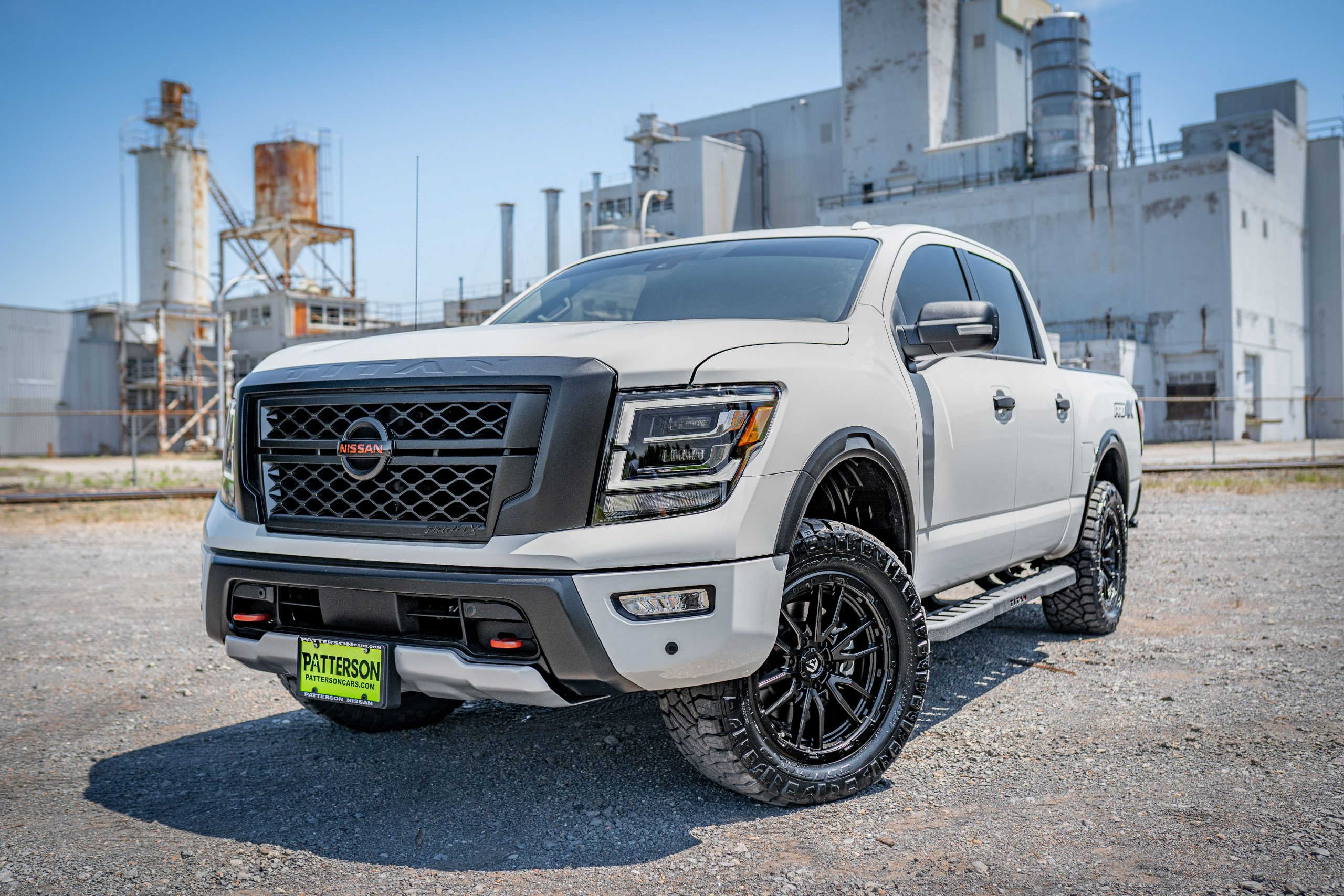 Nissan Titan - Customization